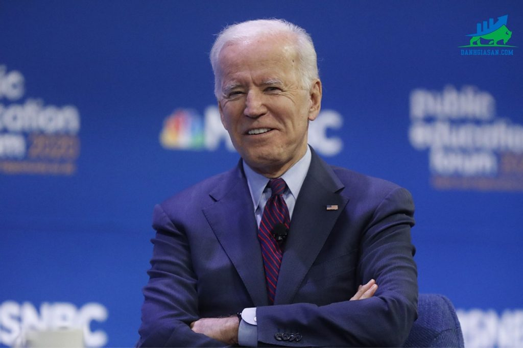 Joe Biden thắng bầu cử Tổng thống Mỹ khiến giá vàng tăng mạnh sáng nay