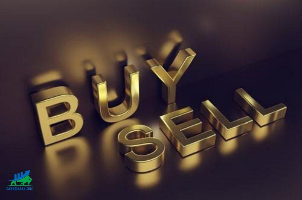 giới đầu tư mua vào vàng bất chấp rủi ro