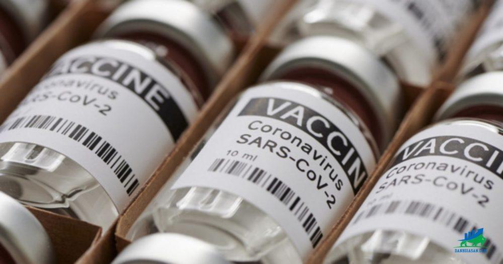 các nhà đầu tư đang theo dõi tình hình gói kích thích kinh tế và vắc-xin