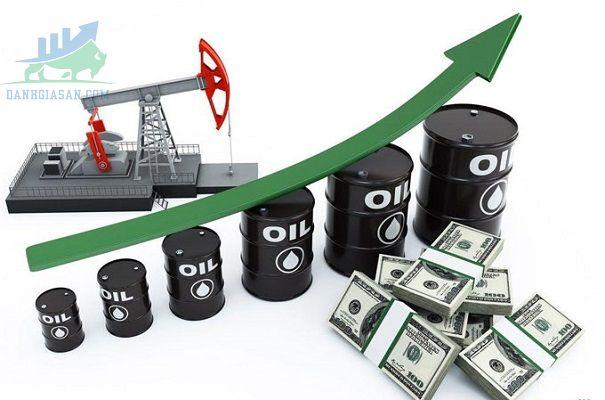 Giá dầu tăng vào sáng thứ hai ở châu Á
