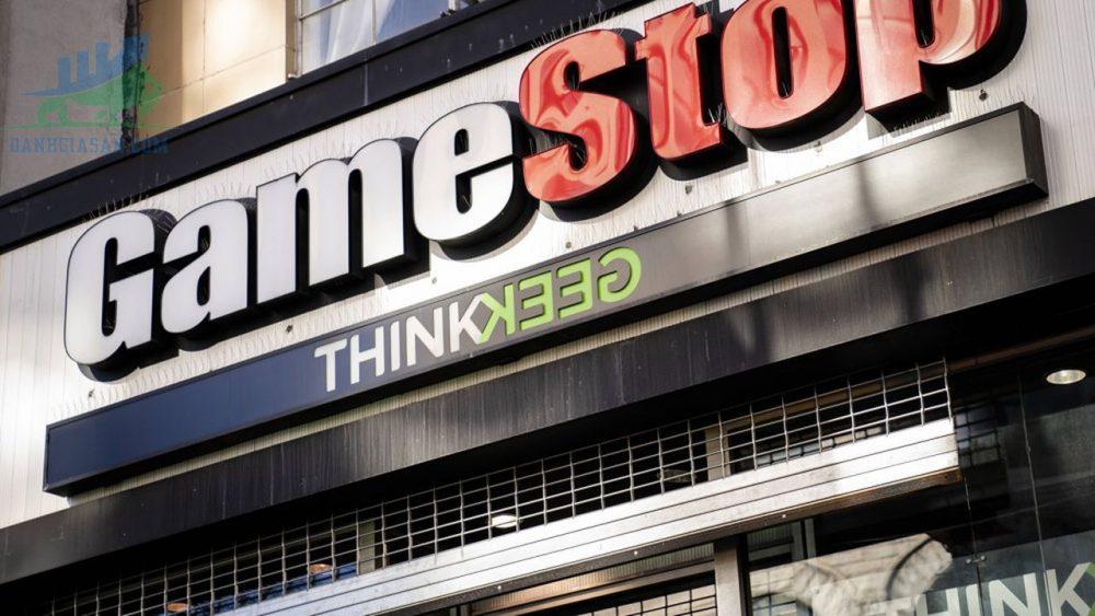 GameStop huy động được 551 triệu đô la để tăng tốc thúc đẩy thương mại điện tử, lượt chia sẻ tăng vọt ngày 27/04/2021