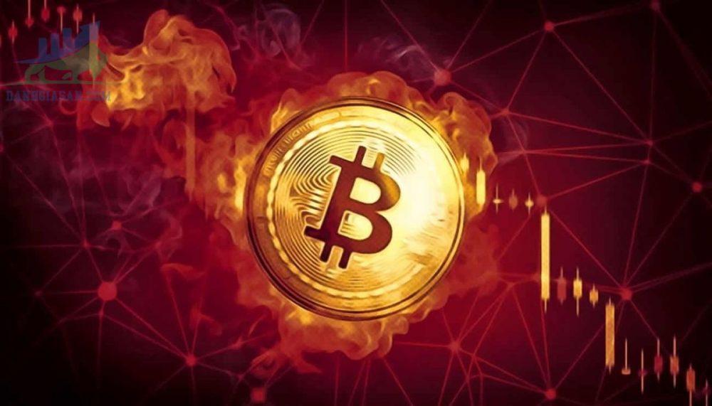 Bitcoin giảm mạnh gần 50% so với mức cao nhất của năm ngày 24/05/2021