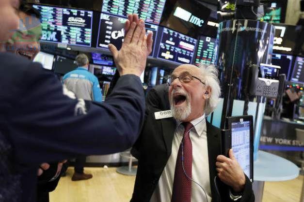 Phố Wall tăng điểm khi lợi suất trái phiếu Mỹ tiếp tục ổn định ngày 27/05/2021