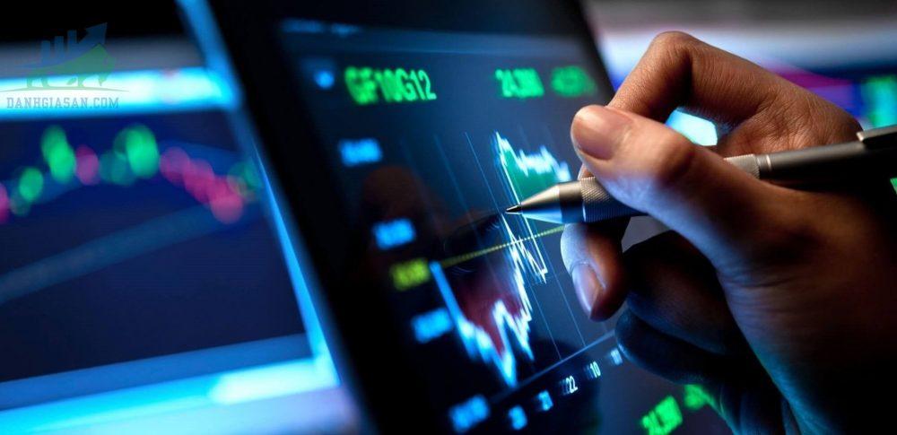 S&P 500, Nasdaq đạt đỉnh đóng cửa kỷ lục trước cuộc họp của Fed - ngày 15/06/2021