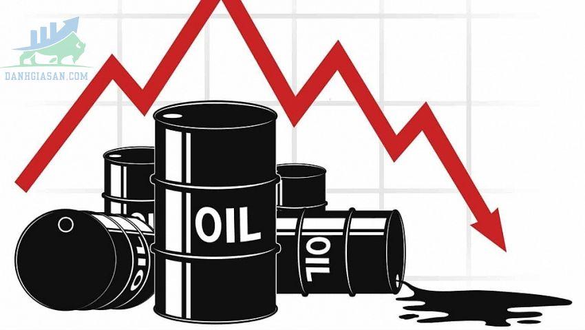 Giá dầu thô giảm do áp lực của đồng đô la Mỹ mạnh lên - ngày 17/06/2021