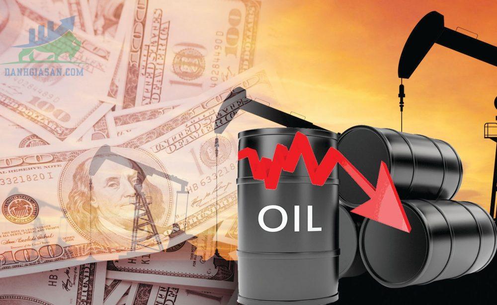 Giá dầu giảm trở lại trong bối cảnh lo ngại về nhu cầu phục hồi - ngày 08/06/2021