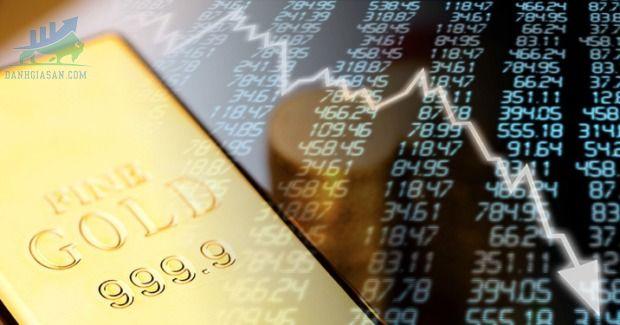 Vàng thỏi giảm khi nhà đầu tư tập trung vào lạm phát