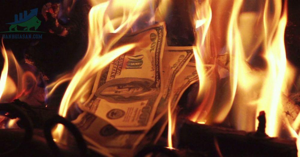 Nhà đầu tư nên làm gì sau khi bị cháy tài khoản