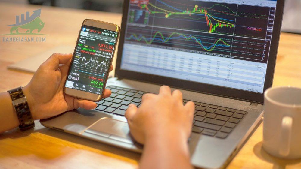 Có nên đầu tư cổ phiếu trong thời điểm dịch Covid ?
