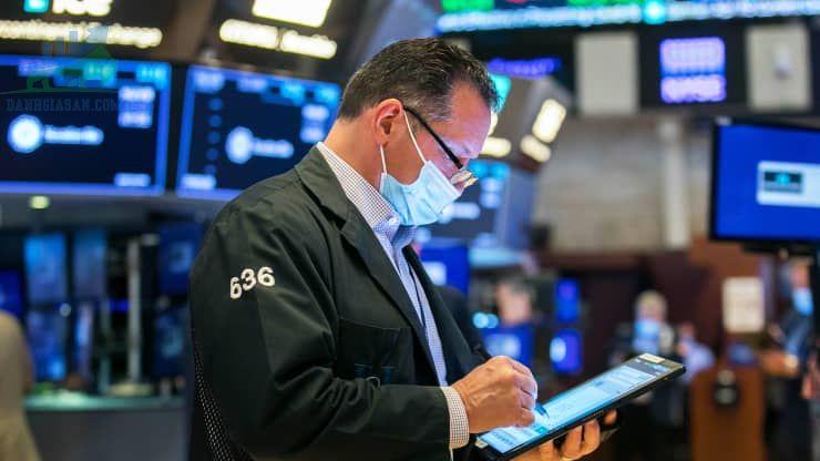 S&P 500 đạt được lợi nhuận khi công nghệ tỏa sáng