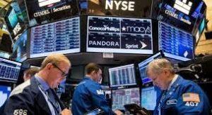 S&P 500 và Dow cắt lỗ đóng cửa ở mức cao kỷ lục trước Powell - ngày 17/08/2021