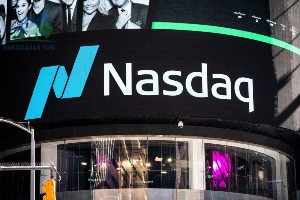 Nasdaq và S&P 500, lập kỷ lục khi số đơn thất nghiệp giảm - ngày 06/08/2021