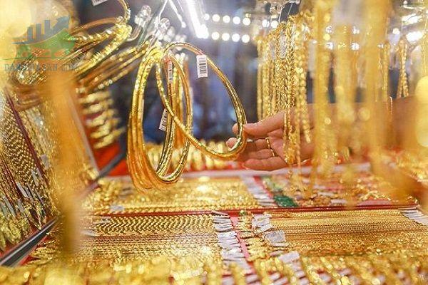 Vàng tây và vàng ta vàng nào đắt hơn? Phân biệt giữa 2 loại vàng