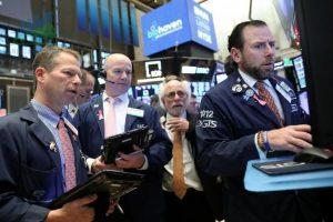 Chỉ số S&P 500 giảm khi các công ty công nghệ và năng lượng lớn từ bỏ đà tăng - ngày 12/10/2021