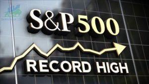 Chỉ số S&P 500 tăng vọt khi các nhà đầu tư tham gia vào Tech After Rout